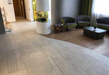 10-hotel-clara-vahrn-aussengestaltung-schwimmbad-wellness-peintner