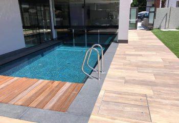 6-hotel-clara-vahrn-aussengestaltung-schwimmbad-wellness-peintner