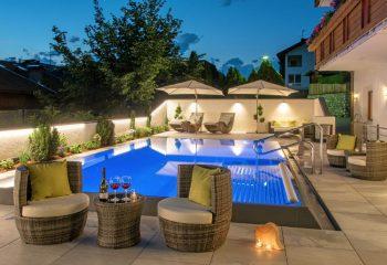 hotel-tyrol-st-andrae-poolfliesen-aussengestaltung-6