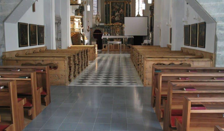Kirche Schabs (2)